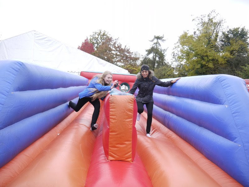 BUNGEE RUN INFLATABLES