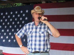ULTIMATE COUNTRY SHOW CALLER